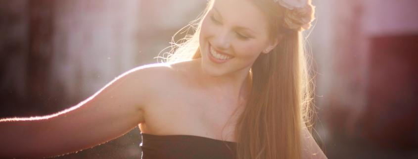 úsmev na tvári Ester